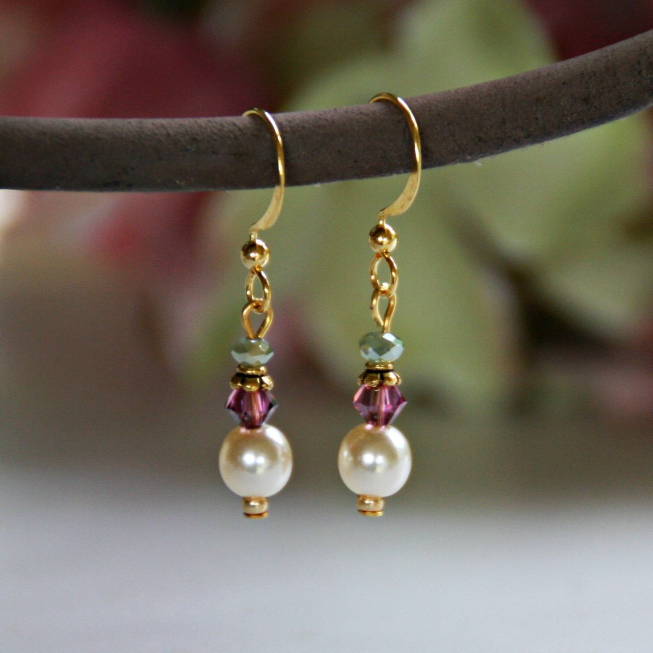 IS-641 Pearl and Crystal Earrings to match Hummingbird Necklace