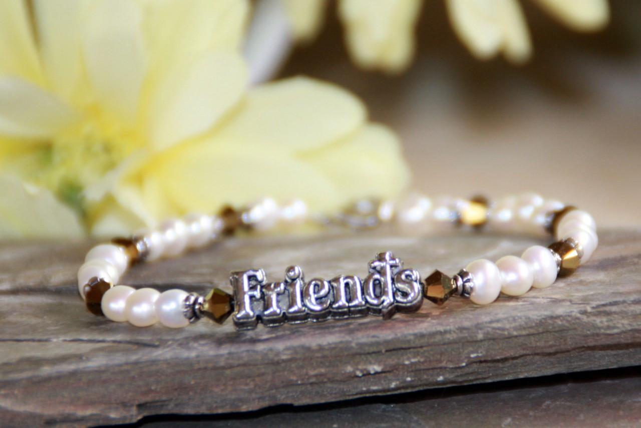 IN-245 Friends Bracelet
