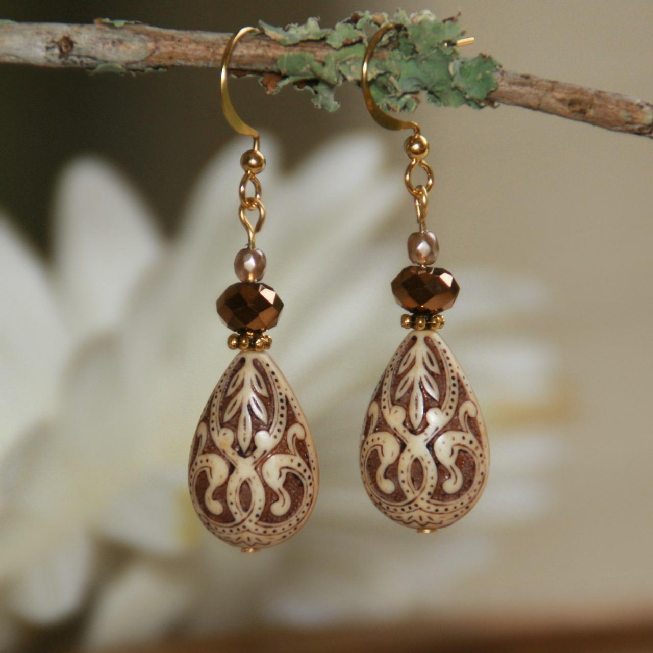 FER-65  Engraved Beads Old World Style Earrings