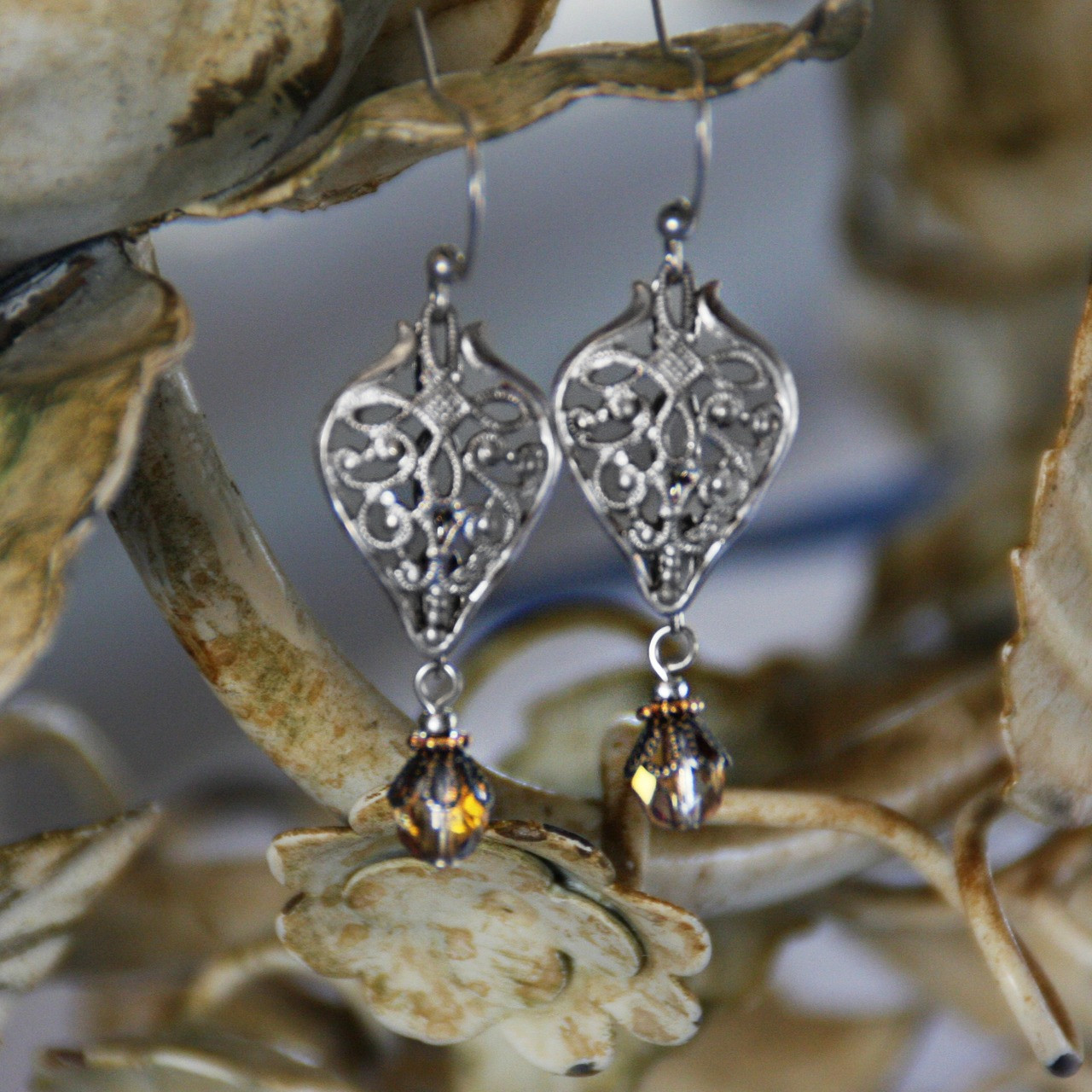IS-701  Sophisticated Earrings with drops