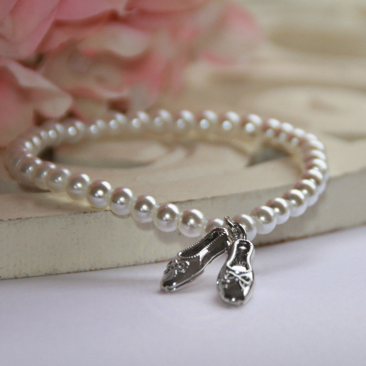 CJ-496  Ballet Shoes Bracelet