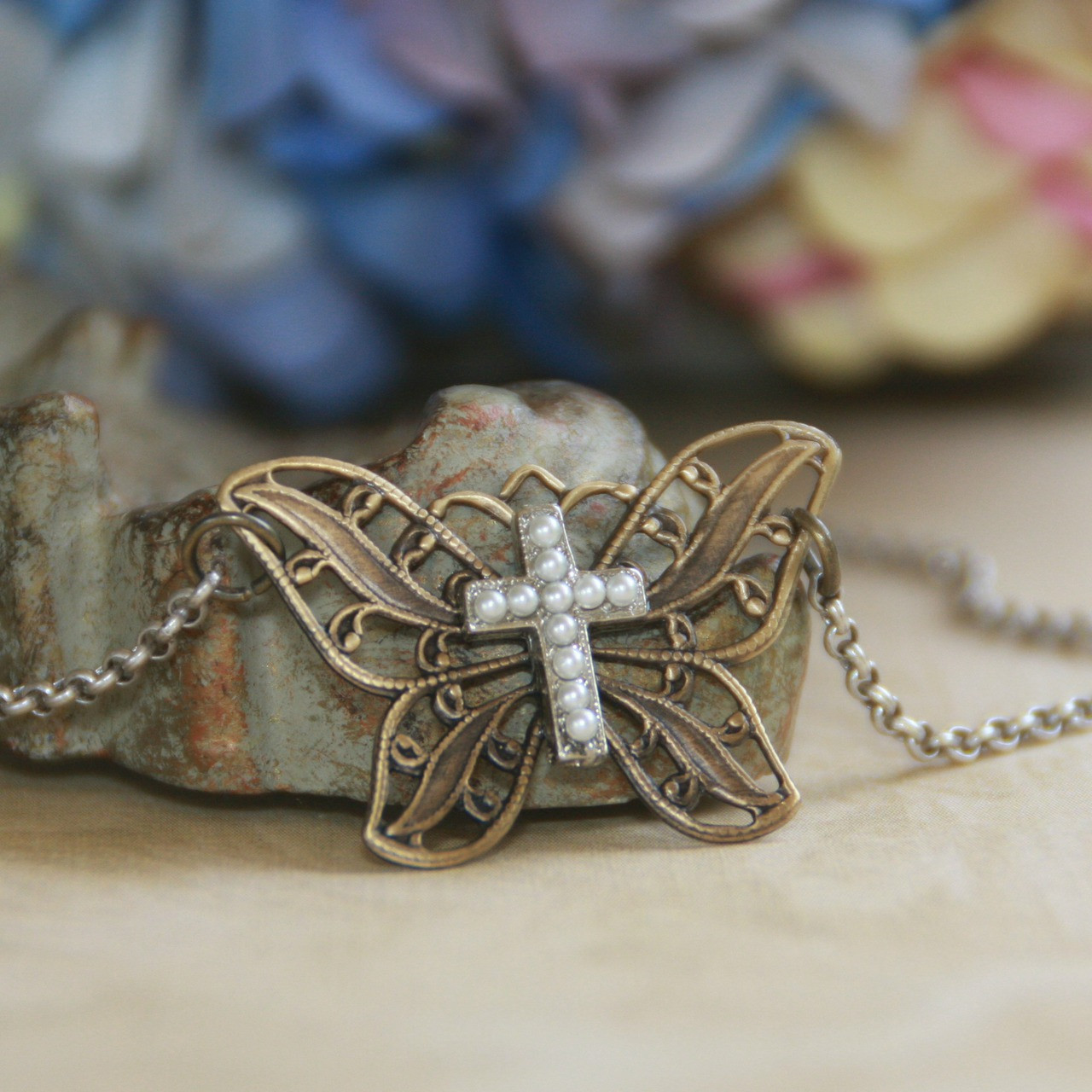 IN-528  Butterfly and Cross Lovely Necklace
