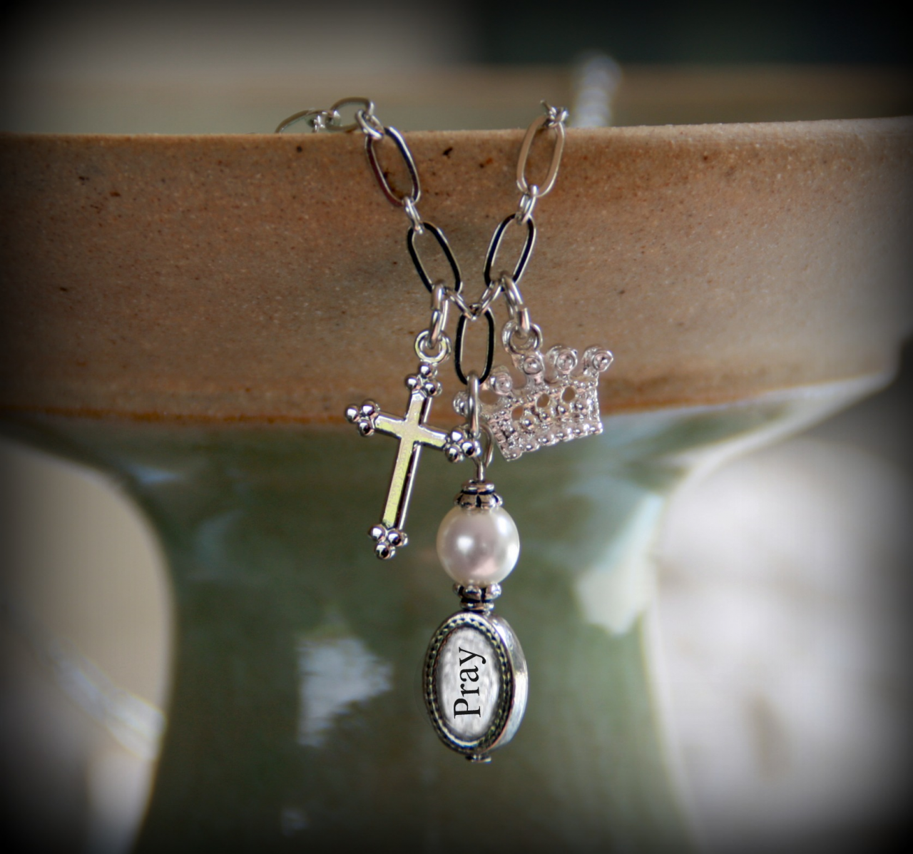 IN-493 Pray Charm necklace with Crown