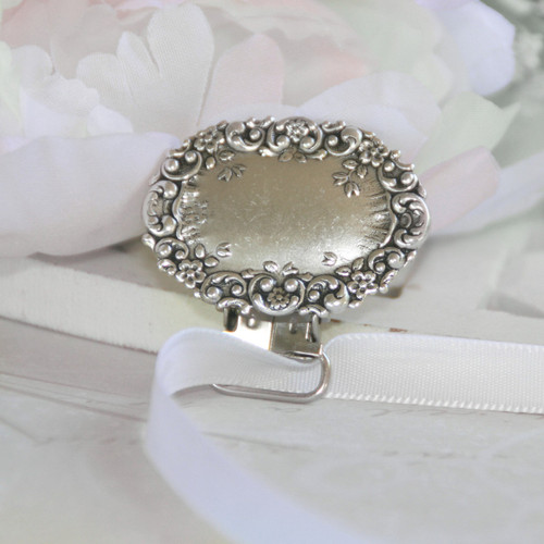 BA-75  Beautiful Oval Engraveable Paci-Holder