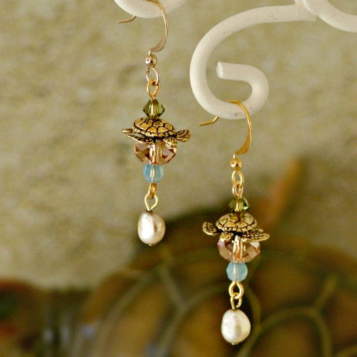 OC-32  Beautiful Sea Turtle Earrings...For the love of Sea Turtles!