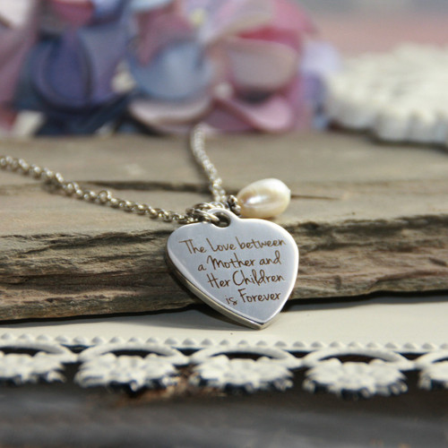 IN-579  The Love Between a Mother and a Child Necklace
