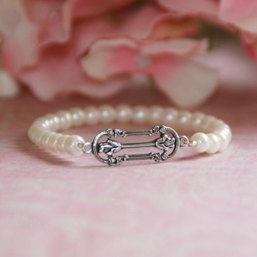 """CJ-169  Filagree style 5"""" glass pearls Stretchy Bracelet"""