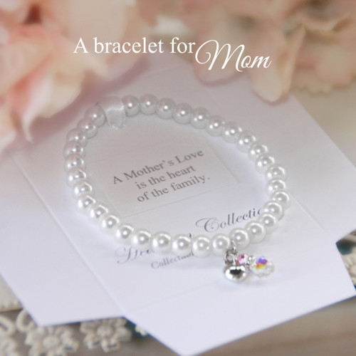 CJ-188 A Mother's Love is the heart of the Family Bracelet