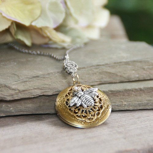 IN-651  Bee on Locket Necklace