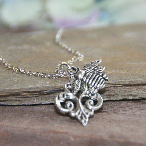 IS-806  Bumble Bee Necklace