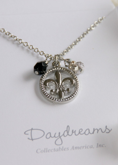 DD-26 Daydreams Collection Oval Fleur de Lis