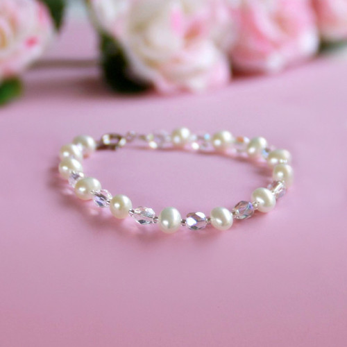 "STG-249  Freshwater Pearls and Crystals 6"" Child Bracelet"