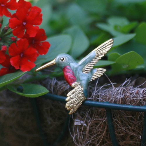 EN-10  Hummingbird Brooch