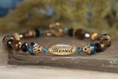 IN-237 Blessed bracelet gold tone