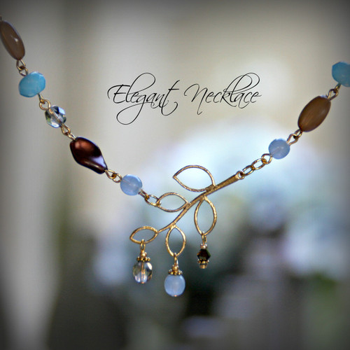 IS-648  Great Colors Fabulous Necklace!