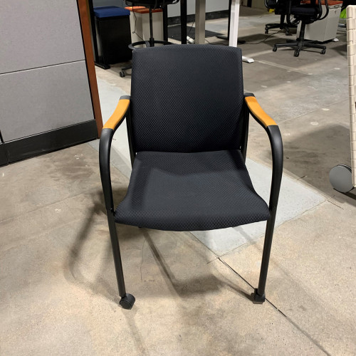 Pre-Owned Paoli Rolling Side Chair