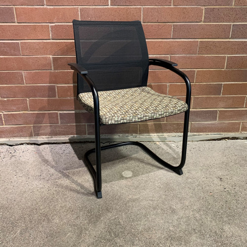 Pre-Owned Knoll Side Chair