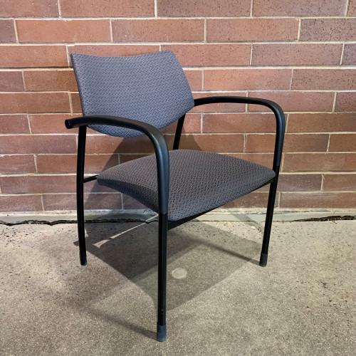 Pre-Owned Gunlocke Stack Chair