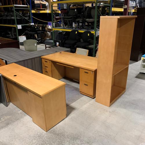Pre-Owned Darran Desk & Credenza Set