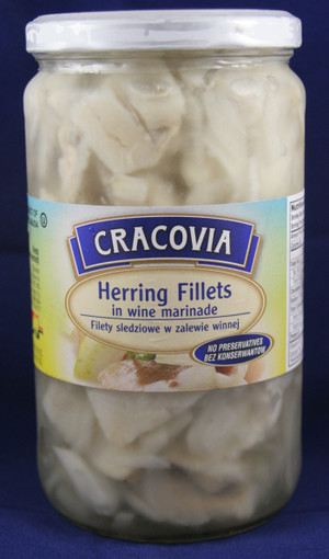 Herring Fillets in Wine Marinade Filety Sledziowe w Zalewie Winnej