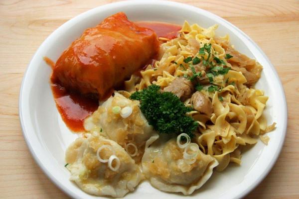 Gołąbki Dinner Platter