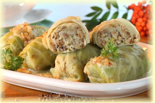 Golabki z Kasza i Grzybami Stuffed Cabbage w/Barley & Mushroom