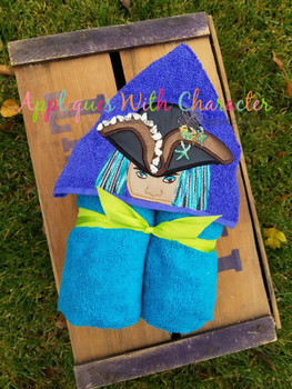 Girl Pirate Peeker Applique Design
