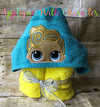 Luxe Peeker Doll Applique Design