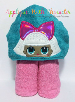 Diva Peeker Doll Applique Design