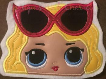Leading Lady Doll Peeker Applique Design