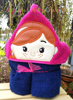 Frozen Anna Tsum Peeker Applique Design