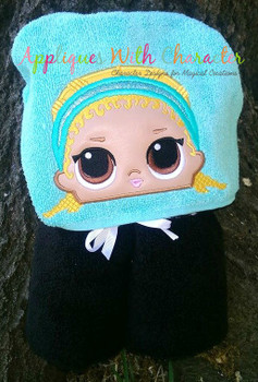 Kicks Doll Peeker Applique Design