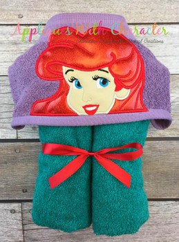 Mermaid Princess Peeker Applique Design