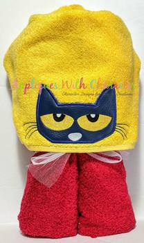 Peter the Cat Peeker Applique Design
