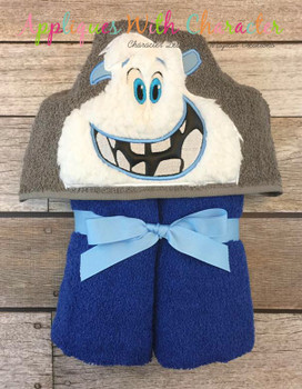Smallfoot Peeker Applique Design