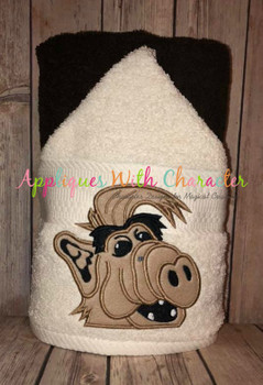 Alf Peeker Applique Design