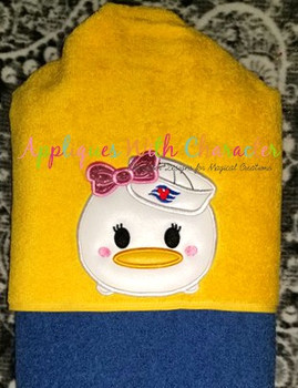 Daizy Duck Cruise Tsum Tsum Applique Design