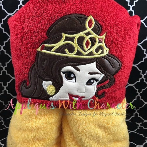 Beauty Bella Crown Peeker Applique Design