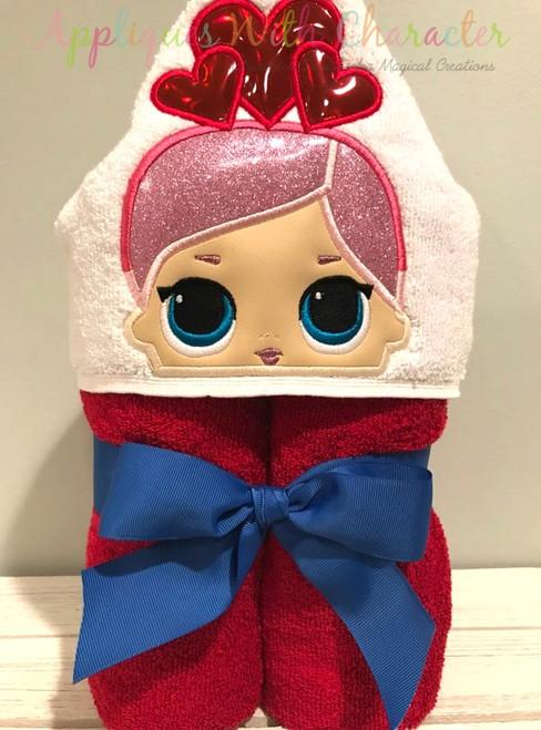 Valentines Doll Peeker Applique Design
