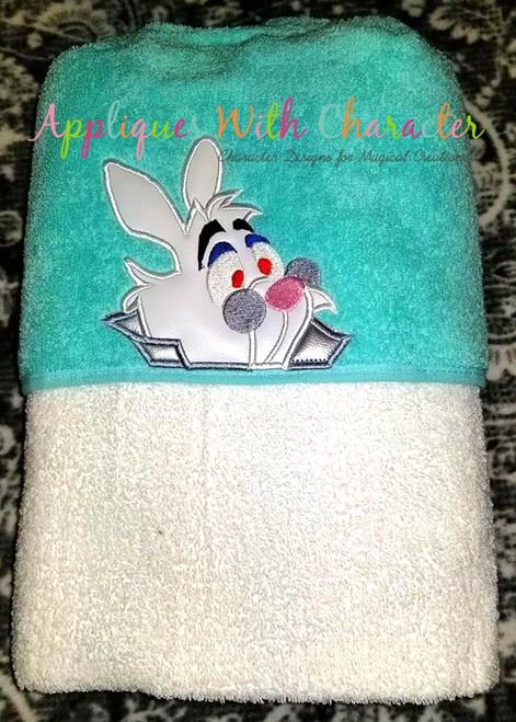 Alyce Rabbit Peeker Applique Design