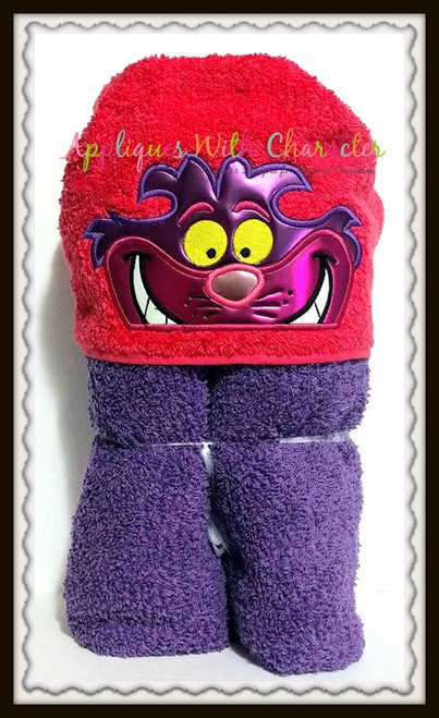 Alyce Cheshire Cat Peeker Applique Design