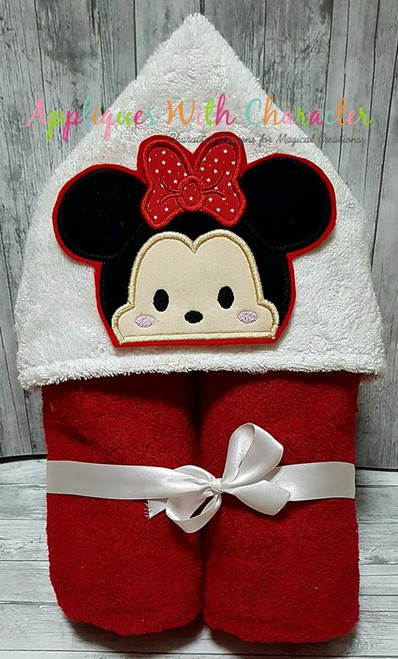 Miss Mouse Tsum Peeker Applique Design
