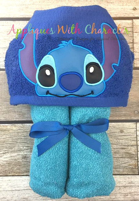 Stitch Peeker Applique Design