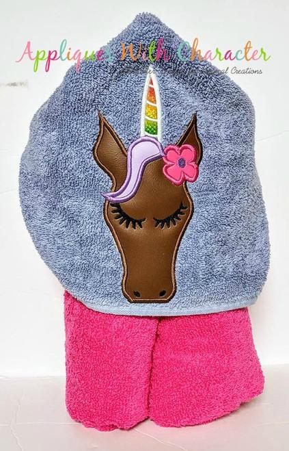 Unicorn with Flower Peeker Applique Design