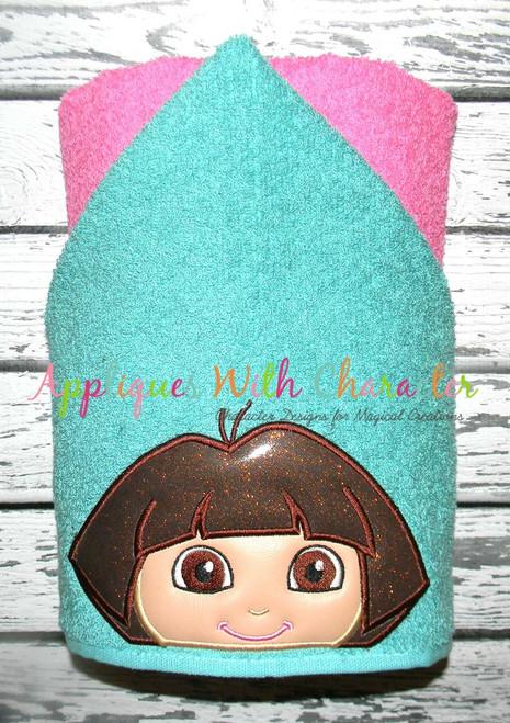 Dora Peeker Applique Design