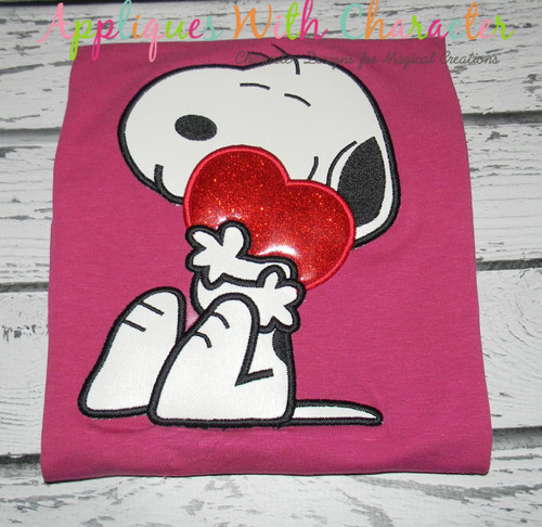 Peanuts White Dog Holding Heart Applique Design