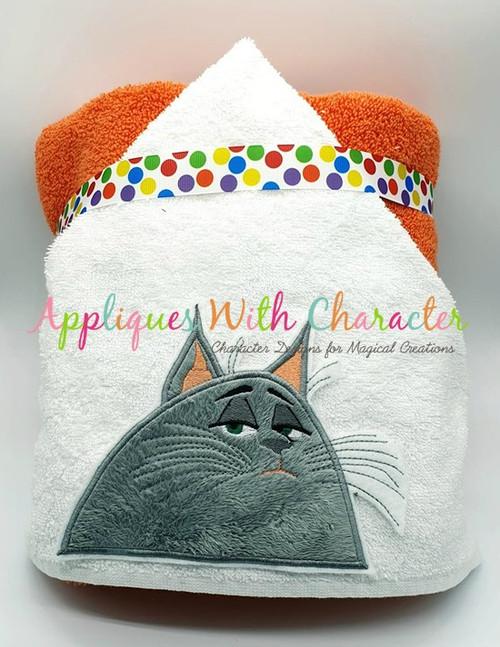 Pets Chloey Peeker Applique Design