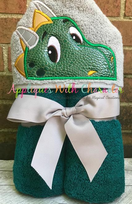 Dragon Peeker Applique Design