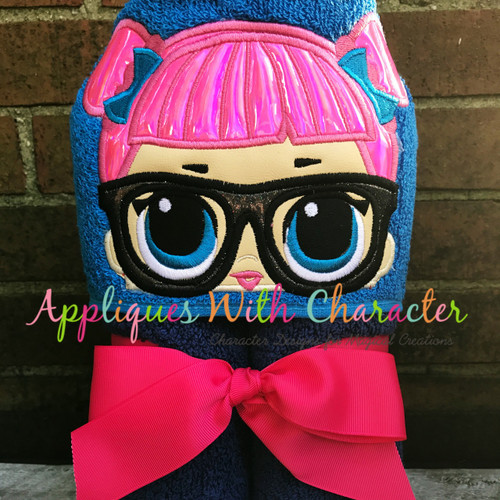 Teacher's Pet Doll Peeker Applique Design