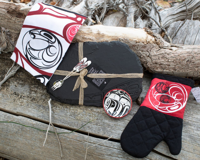 Red Raven Gift Set